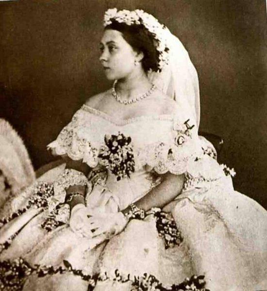 Mariée La De La La De L'histoire De Mariée Robe L'histoire Robe L'histoire nwOvNm08