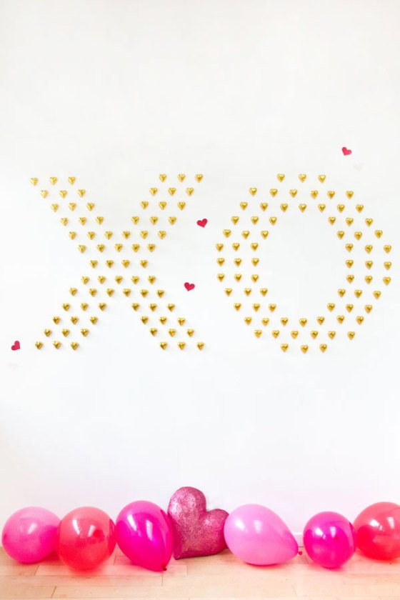 DIY-Chocolate-Heart-Wall-10